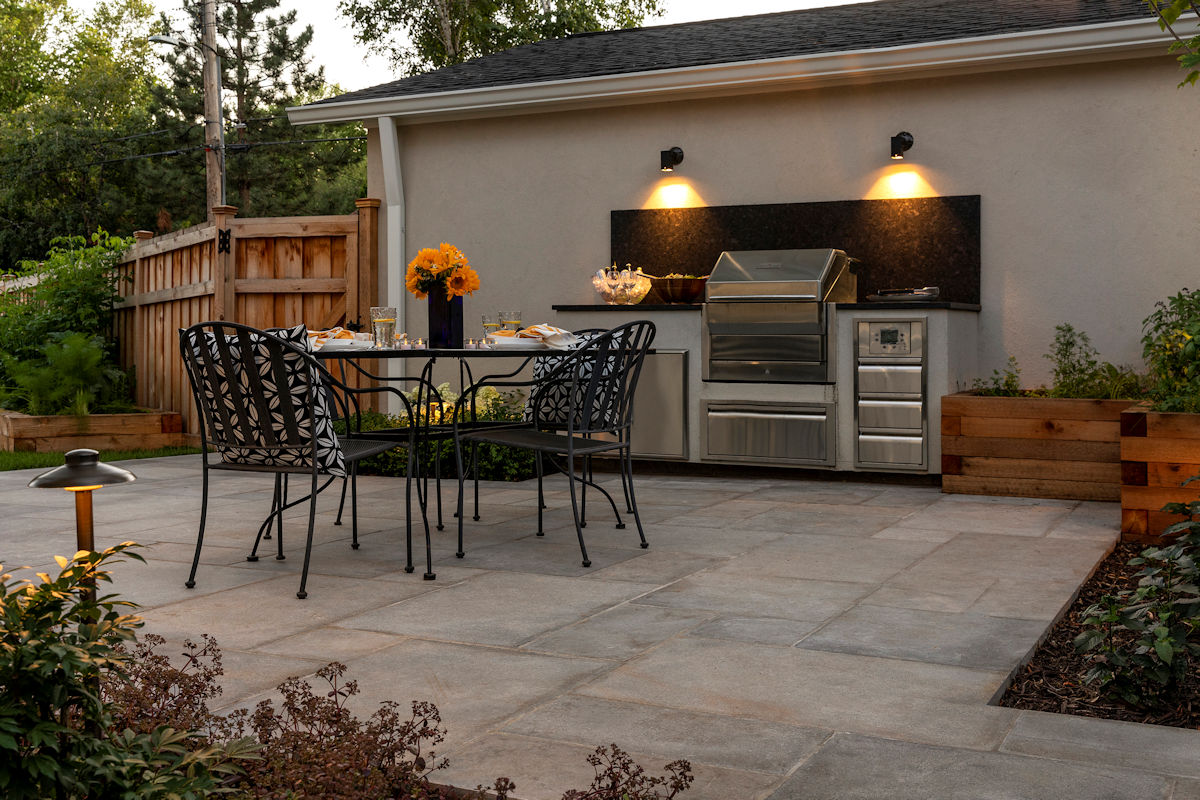 Urban Retreat outdoor lighting by Livit Site + Structure