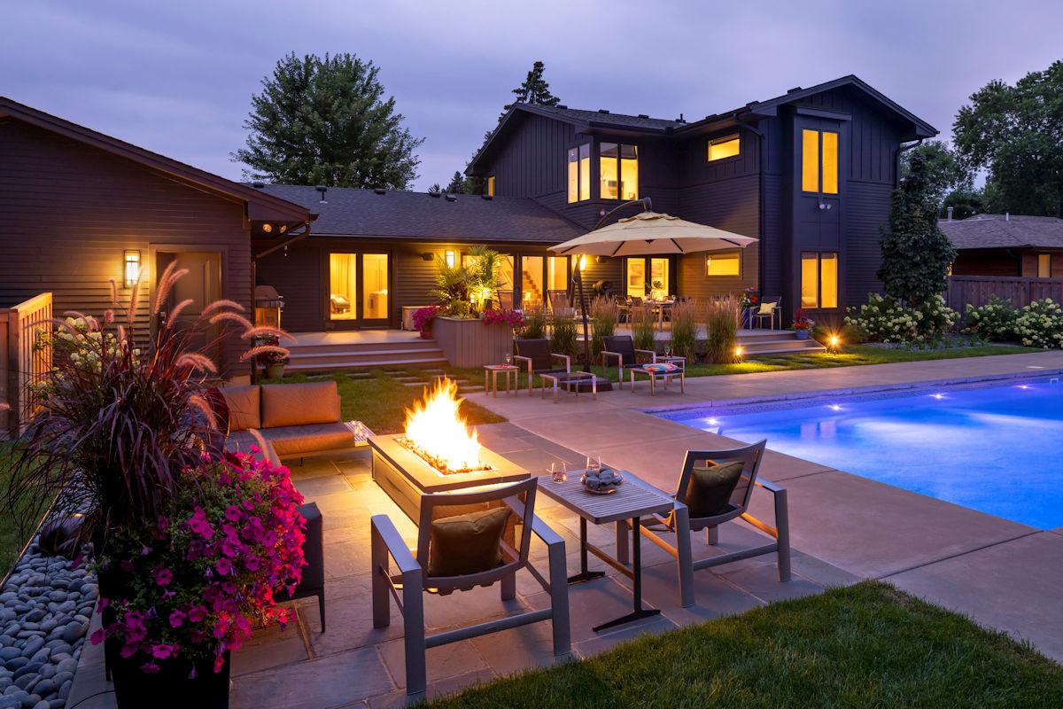 Backyard Oasis deck designed by LIVIT Site + Structure