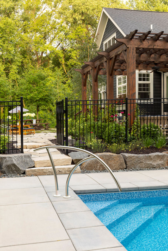 Hamptons Charm pool and flagstone walkway